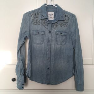 American eagle denim button up shirt